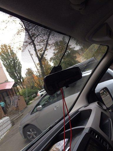 Установка скрытного видеорегистратора с WiFi в Renault Trafic